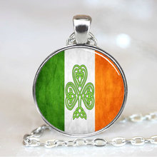 (1 Pieces/Lot) 2015 New Arrival Handmade Irish Flag Pendant Shamrock Irish Flag Necklace