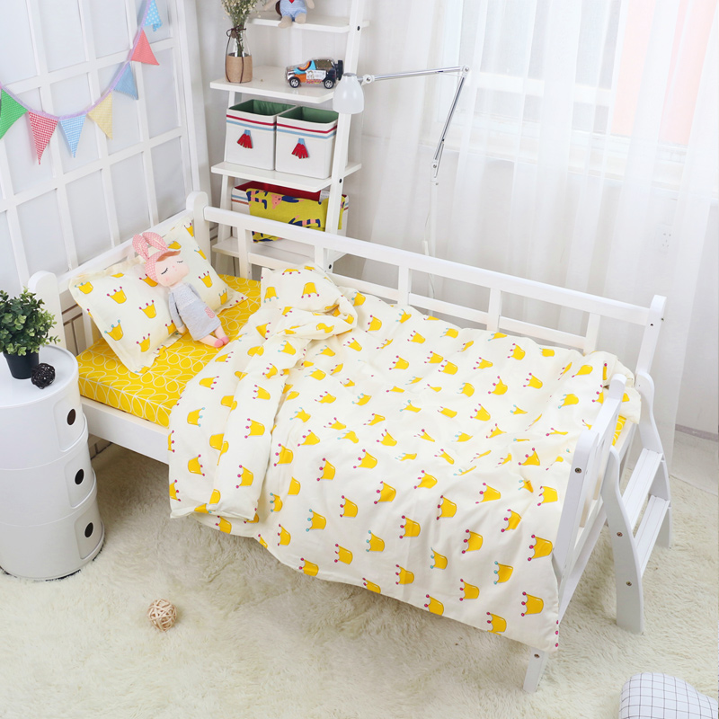 Ins Hot ! Crown Pattern Customized Size Baby Quilt /Duvet Cover 14 Sizes Kids Students Bed Linens Queen Size Baby Bedding 1 pcs
