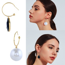 Popular Fashion Personality Simple Asymmetric Earring Female Accessories Hoop Earrings With Pearl And Enamel Charm Pendant Women