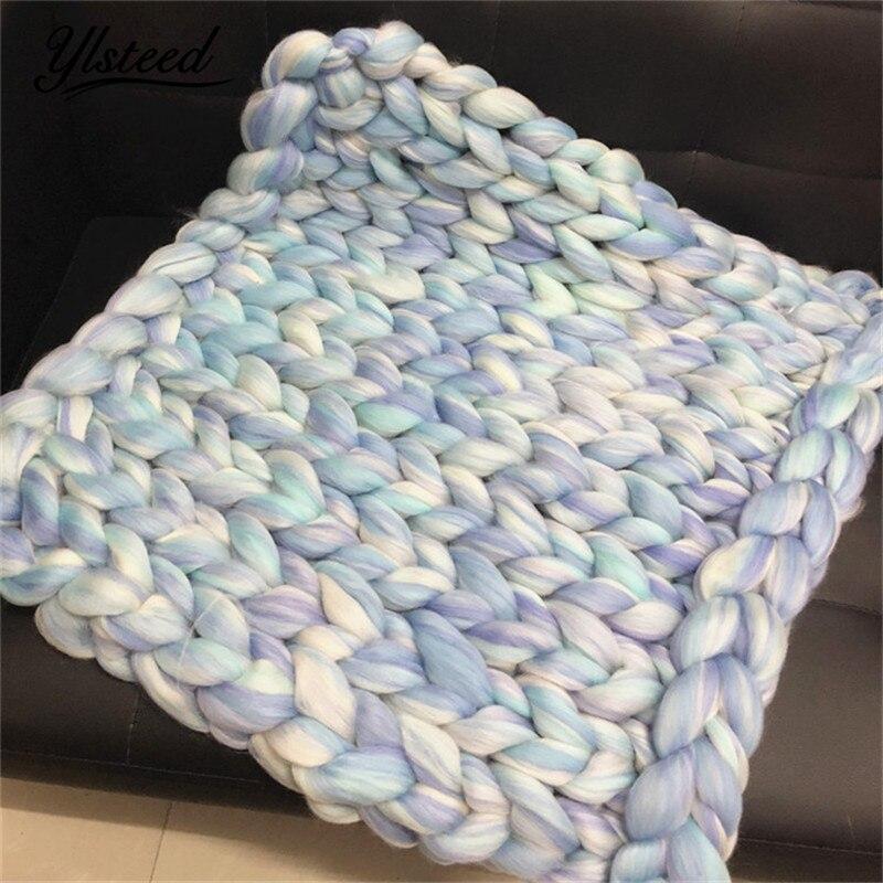 все цены на Baby Photography Blanket Super Bulky Arm Wool Roving Knitted Colorful Chunky Blanket Newborn Basket Filler Newborn Photo Props онлайн