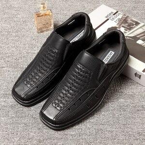 Image 2 - Jackmiller estate calda di vendita sandali super leggeri uomini confortevole sandali degli uomini traspirante slip on scarpe da uomo solido lato nero goring