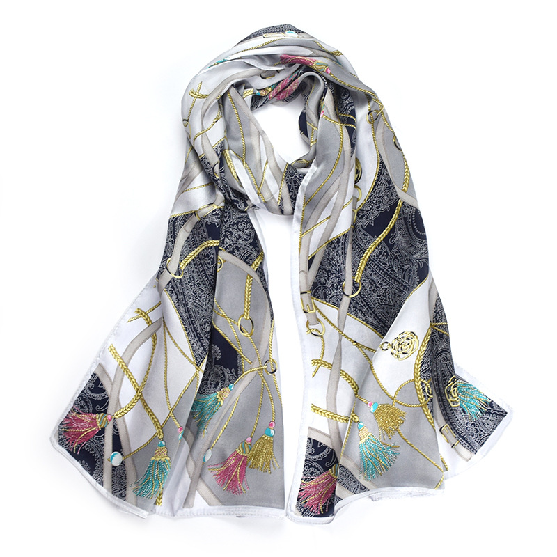 New Silk Scarf 2019 100% Silk White Printed Scarf Women's Scarf Warm and Comfortable Natural Fabric High Quality