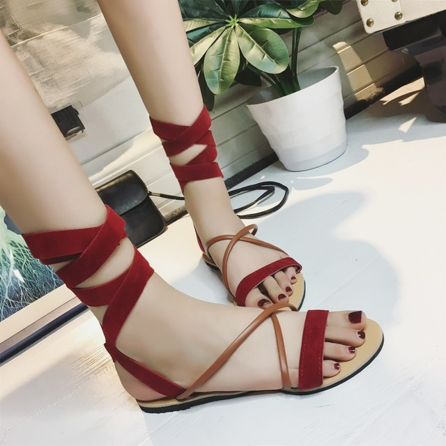 eadb9c69a Weweya Roman Cross Strap Bohemian Woman Sandals Summer Gladiator Flats  Sandals Fashion Open Toes Female Beach Sandals Shoes