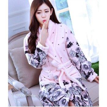 1ea2dd2ccfe6 Verano algodón Kimono japonés pijamas flor ropa exterior traje ...