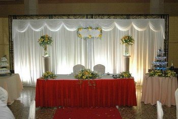 3M*6M White Wedding backdrop wih beautiful swags
