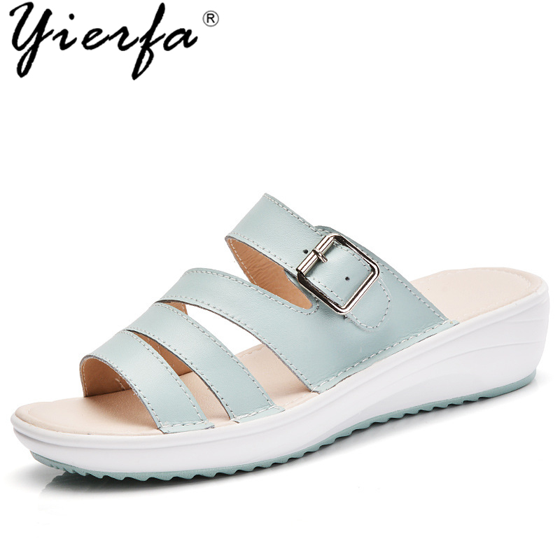 2018 summer new style outside wear sandals and slippers female outdoor fashion Korean leather flat with women's shoes