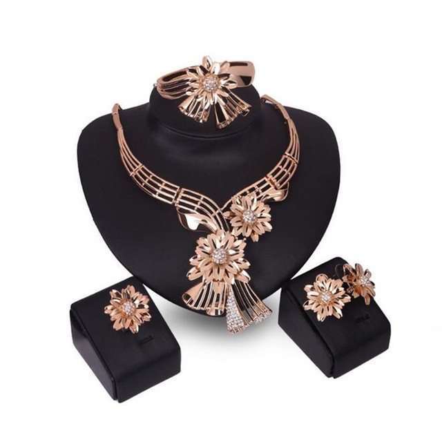 Big Flower Choker Necklace For Women African Beads Statement Chain Bracelet Earrings Ring Jewelry Sets Wedding Accessories S0108