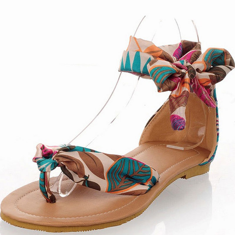 2017 Flower Printed Riband Ankle Strap Shoes Bohemia Women Summer Sandals Ladies Falt with Shoes Beach Clip Toe Sandals ulrica 2017 summer new arrival bohemia sweet beaded sandals clip toe sandals beach shoes footwear shoes for women zapatos mujer