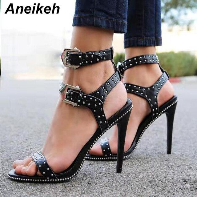Aneikeh 2019 verano sandalias de gladiador zapatos de las mujeres de plata remache zapatos de tacón alto, correa en el tobillo, sandalias de Punta abierta vestido bombas sandalias negro