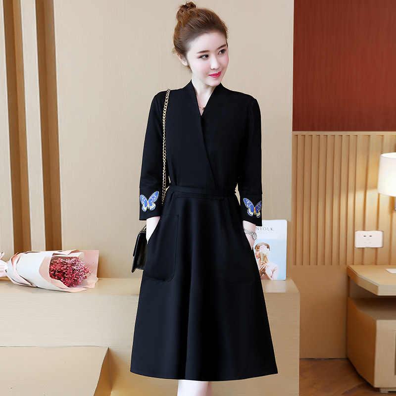 Nouveau femmes élégant slim longue robe dames vêtements femme solide noir automne hiver robes col en v brodé femmes robe vêtements