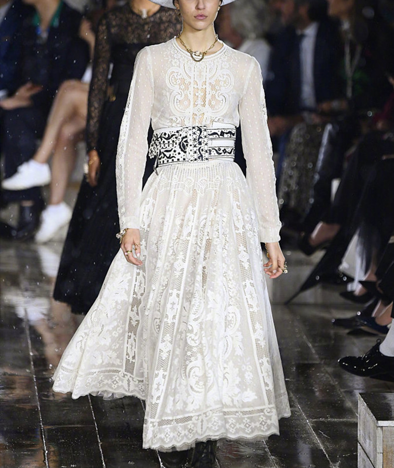 Runway White Dress 2019 Elegant Women Long Sleeve Lace Dress FIt and Flare Empire Long Party