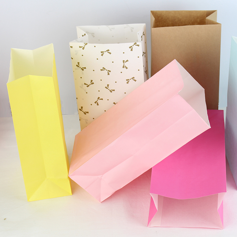 Zilue 50PCS/Lot Kraft Paper Bag Colorful Without Handle Gifts Package Hiking Camp Party Paper Bag Food Packaging 23cmX12cmX7.5cm