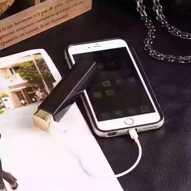 Novo batom 3000 miliamperes Banco de potência portátil banco de potência portátil para uma variedade de telefone celular tablet viagem recarregável