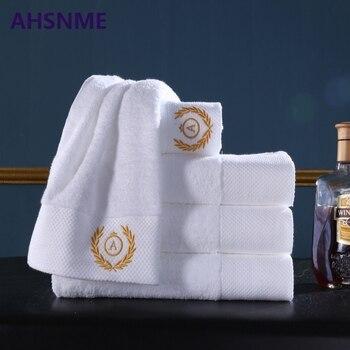 AHSNME puede personalizar LOGO bordado patrón pareja Toalla de baño 70x140  cm cada 600g Extra grande blanco toalla de baño Toalla de playa ae515e22b11e