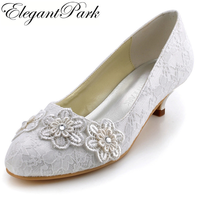 Woman Lace Wedding Shoes A0002 Low Heel Comfortable Round Toe Liques Women Bridal