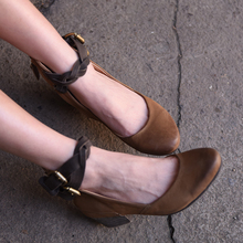 Artmu Original Spring New Style Retro Sheepskin Shallow Mouth Women Shoes Thick Heels Genuine Leather Handmade Buckle Pumps цены