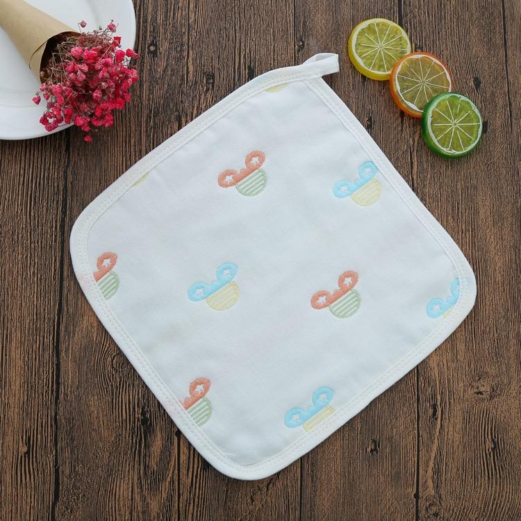 Купить с кэшбэком Infant 6 layers Face Towel Bibs 25*25cm Feeding Cotton Gauze Newborn Baby Square Towel Handkerchief Baby Face Towel 3pcs/lot