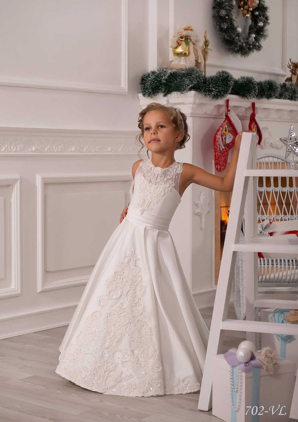 Elegant Sleeveless Lace Appliques Toddler A Line First Communion Dresses Girls Wedding White Kids Holy 2 12Y In From Mother
