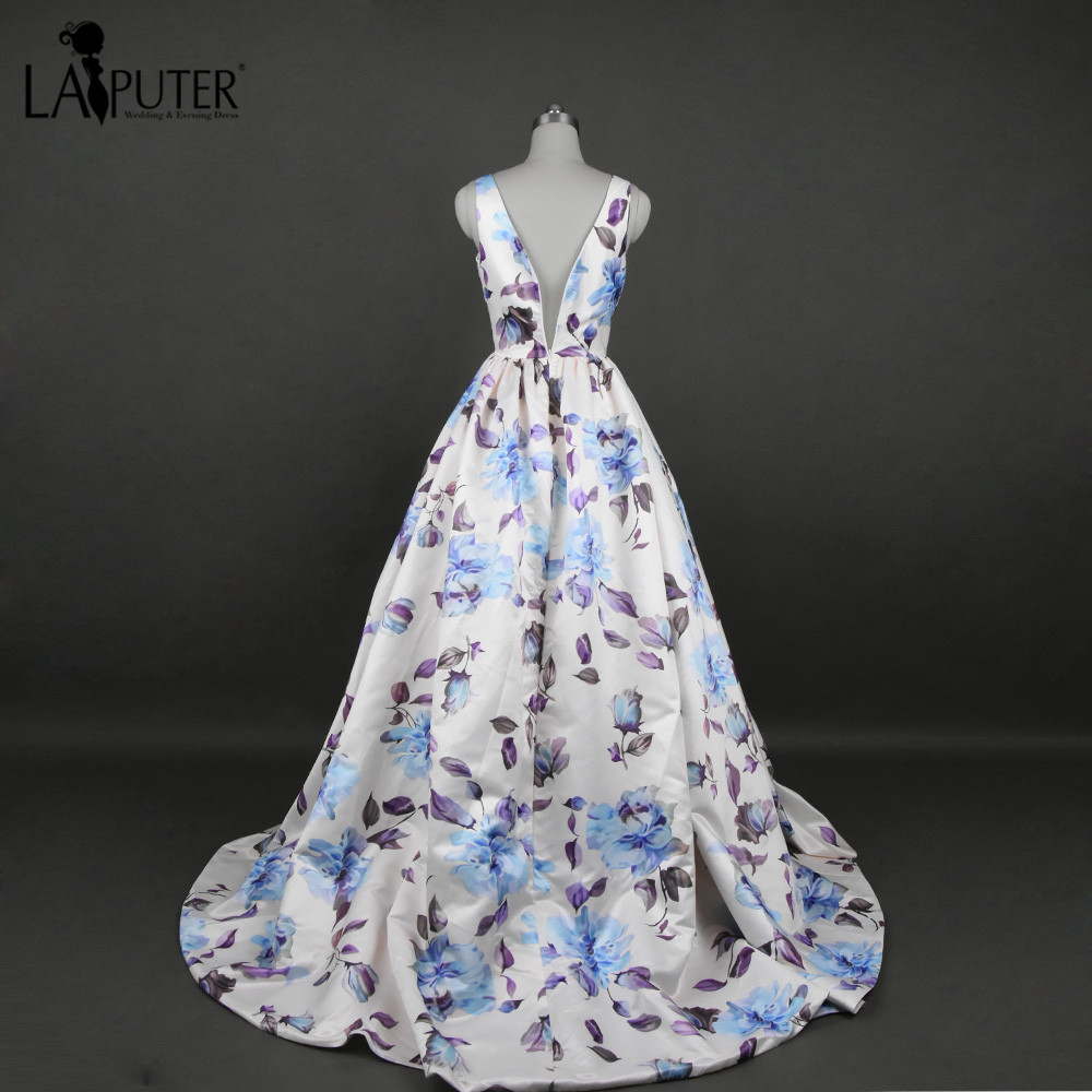 Long Evening Dress A Line Flowers Printed Prom Dresses Sexy V neck Formal  Gowns Floral Print Chiffon Party Evening Dresses 2017-in Evening Dresses  from ... ca05a04d8922