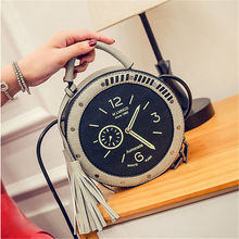 2017 Women Vintage Circle Crossbody Bag Female Leather Round Clock Shape Retro Handbag Watches Tassels Messenger Bag for Girls все цены
