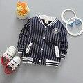 Nueva primavera otoño ocasional de los deportes de Los Bebés de Algodón Para Niños a rayas Verticales de béisbol Cardigan Outwear Con Capucha Abrigos Y2072