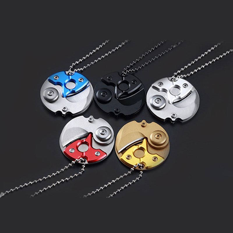 EDC Portable Folding Key Knife Gift Keychain Outdoor Tools Folding Camping Keychain Tactical Hunting Survival Pocket Mini