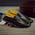 Fresco de los nuevos hombres del verano de la pu de cuero mocasines resbalón en los zapatos para hombre transpirable zapatos casuales negro macho macho ocio plana zapatos
