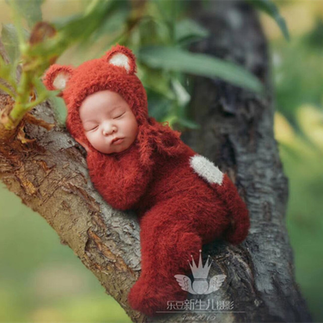 Rusty Newborn Fox Hat and Romper Knit Chunky Footed Romper Baby Girl Boy Animal  Hat Outfit Newborn Onesie Photography Props 02dd8c6a0ba4