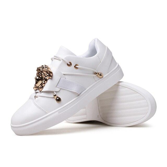 Zapatillas hombre 2017 мужчины повседневная поскользнуться на Заклепки голова льва печати досуг плоской доске обувь человек Кроссовки chaussure homme Обувь