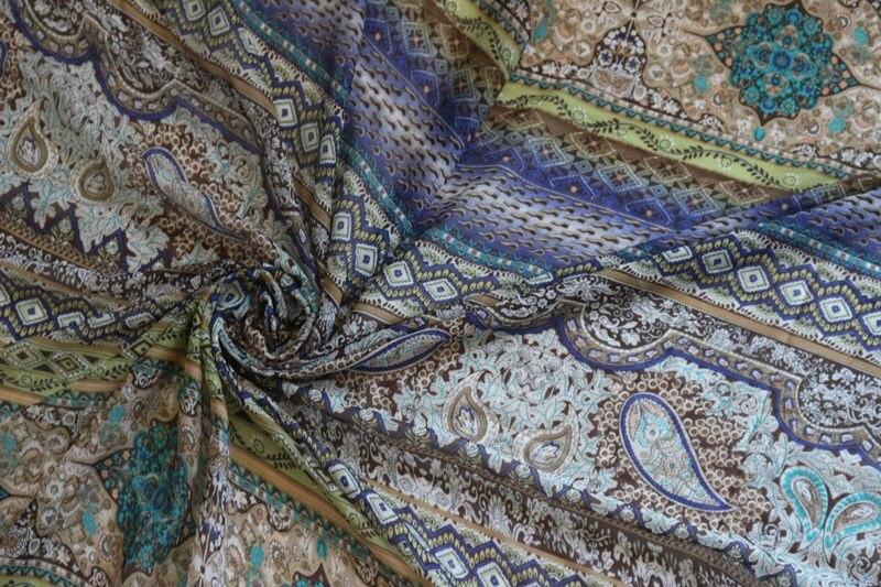 816db2936 Ancho 1.5 m tela de gasa Paisley y patrón de flores para la ropa y la  bufanda LS-2667