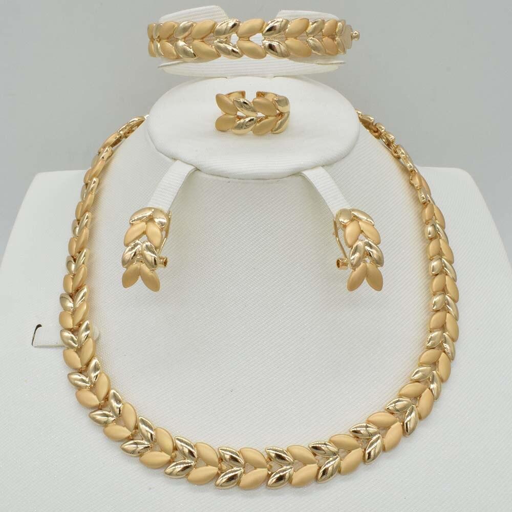 2018 nuevo 4 Conjuntos Venta caliente Dubai oro Plat alta calidad de la joyería de moda África boda mujeres joyas set pendiente