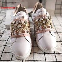 2019 повседневная женская обувь белого цвета с круглым носком, украшенная кристаллами, дизайнерская женская обувь на плоской подошве с засте