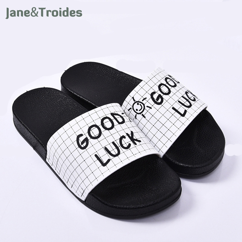 Women Slides 2018 Fashion Slippers Platform Sandals Summer Bling Beach Slides Flip Flops Comfortable Flat Shoes Chaussure Femme 2016 summer patent leather buckle slides for women fashion stone upper flat platform ladies casual beach slippers sandals shoes
