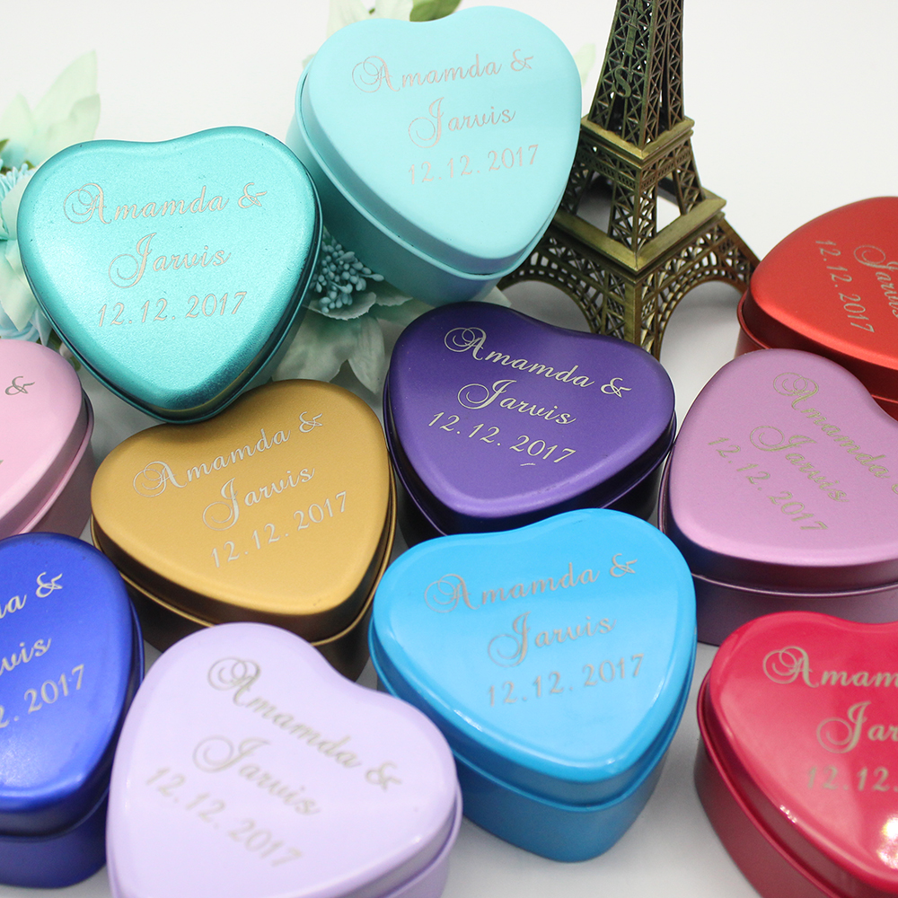 50pcs Personalized Engraved Iron Wedding Boxes Love Heart Tinplate Candy box Gift Boxes Unique Party Decoration