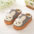 Chinelos em casa de inverno chinelos de algodão crianças meninos meninas crianças dos desenhos animados bonitos crianças interiores Sapatos quentes 1-3 anos 4 cores S-002
