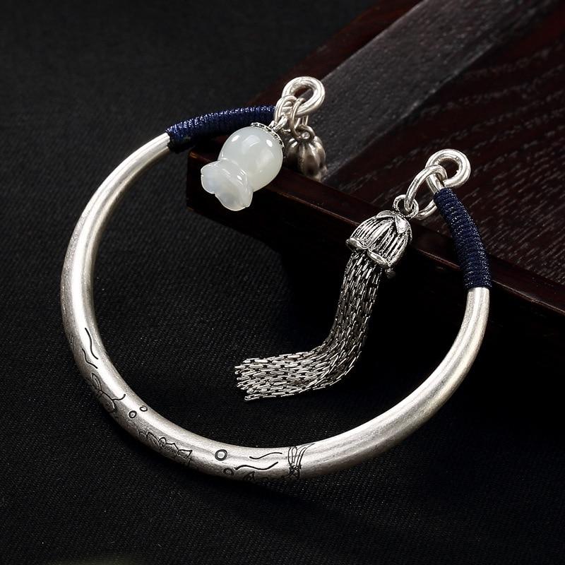 все цены на 2018 Limited Bangle One Luyin S990 Fine Carp Lotus Hetian Bai Yuling Restoring Ancient Ways Ms Lan Tassel Bracelet Wholesale онлайн