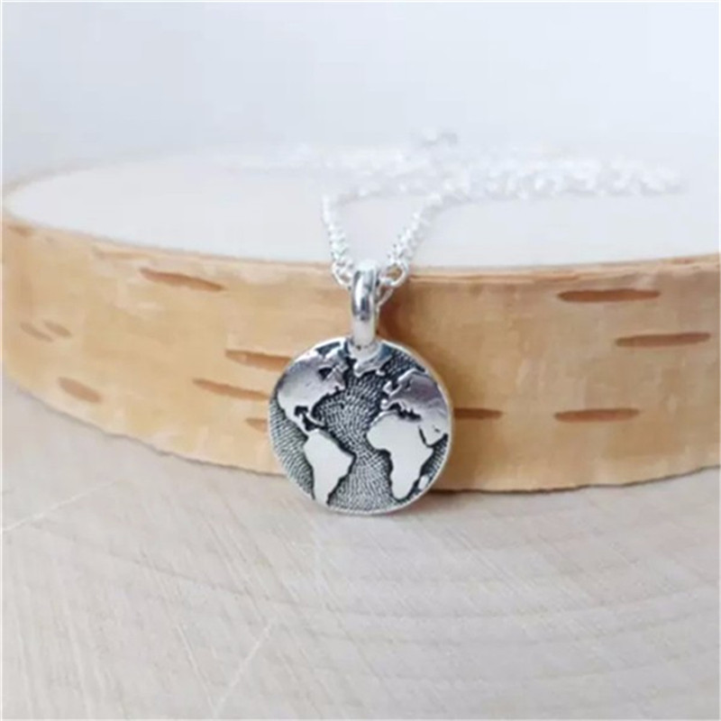 Daisies World Map Choker Necklace Boho Antique Silver Earth World Map Tiny Round Pendant Necklace Jewelry