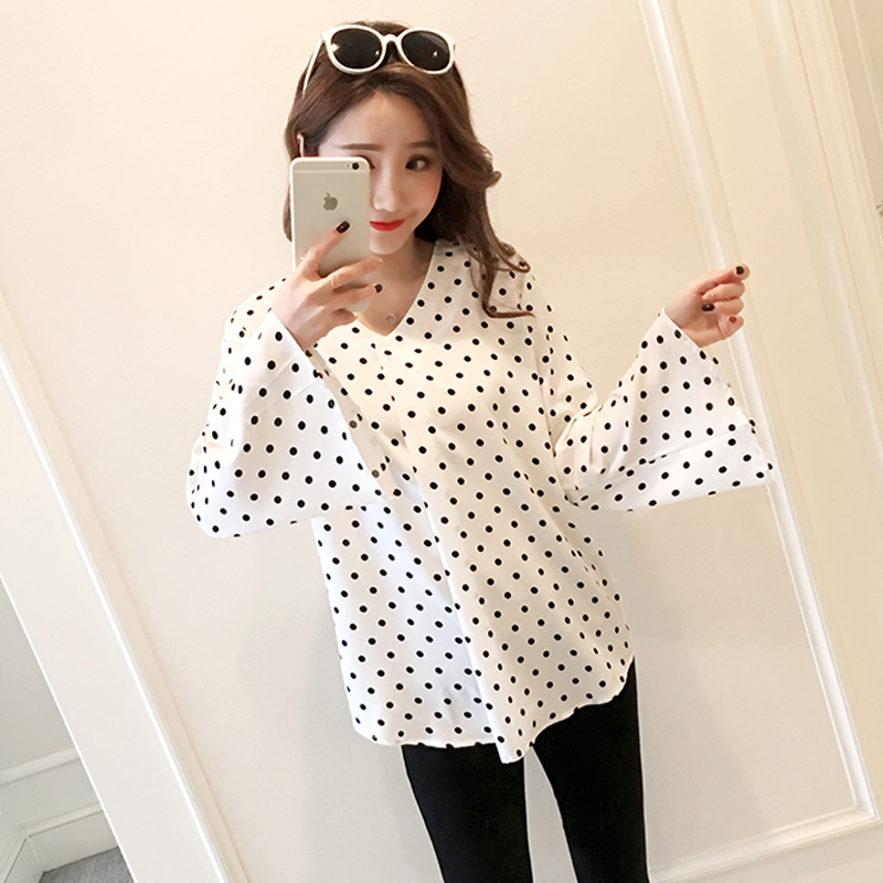 c68354cf8e1 235  2018 Autumn Fashion Maternity Shirt European Style Loose Sweatshirts  Clothes for Pregnant Women Spring Pregnancy ...