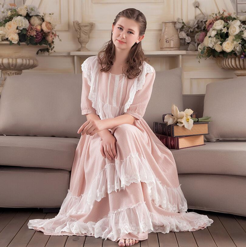 Lovely Princess stripe Nightdress Female short Sleeve Cotton   Nightgowns   Lace Women   Sleepshirts   s755
