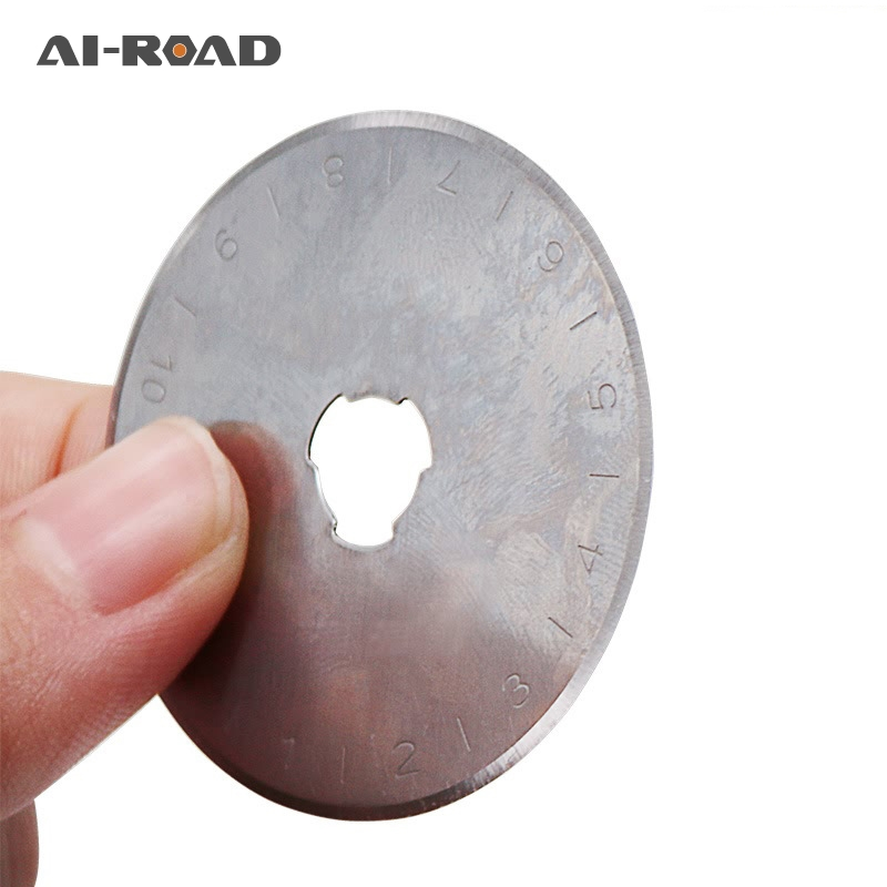 10PC Roller Blades Replacement Spare 45mm Rotary Cutter Blade Patchwork Leather Fabric Paper Cutting Wheel Blade Hand Tool Set
