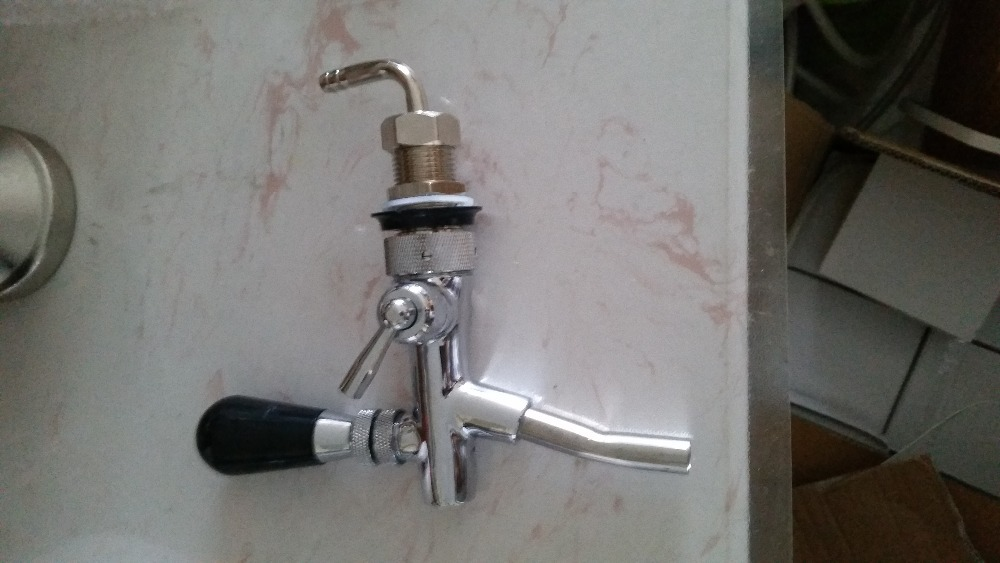 beer valve, beer bar spout, pub counter beer dispenser