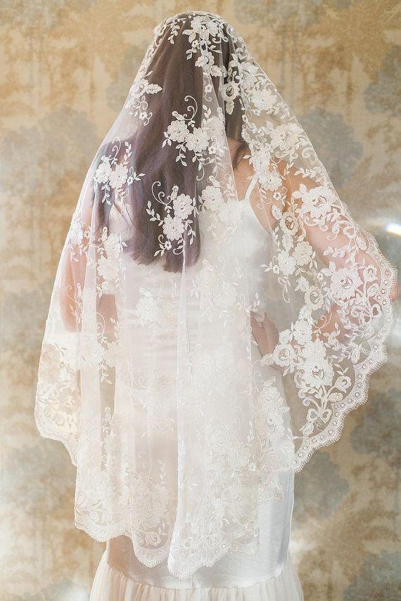 Vintage Lace Veils 120