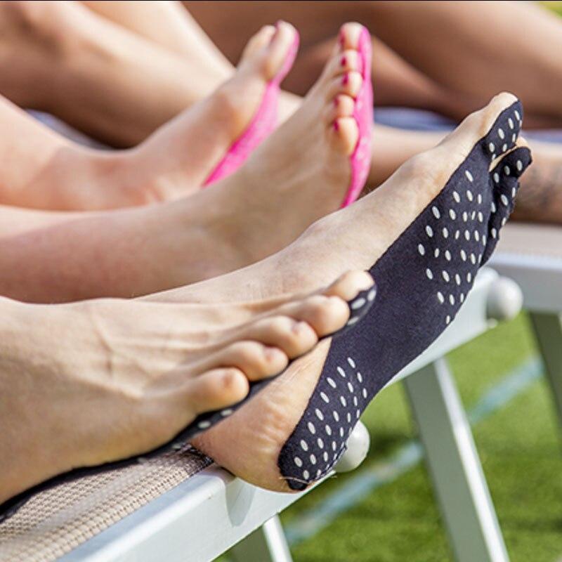 High-Quality-Feet-Sticker-foot-Stick-on-Soles-Sticky-Pads-for-Feet-Anti-slip-beach-sock