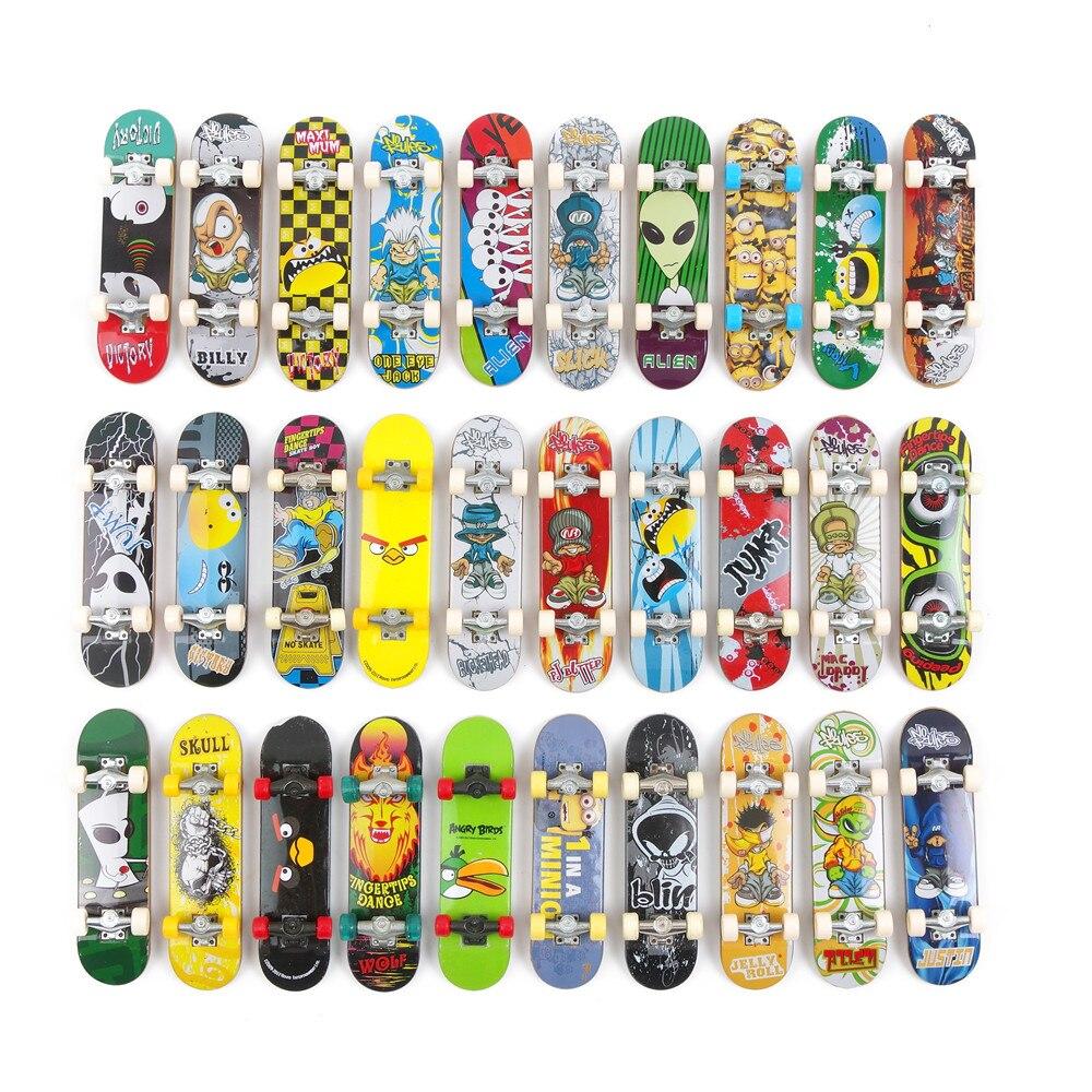 10 Stücke Zufällig Griffbrett 96mm Mini Skateboard Ursprünglichen Jungen Spielzeug Plan B Element Blind Zoo York Flip