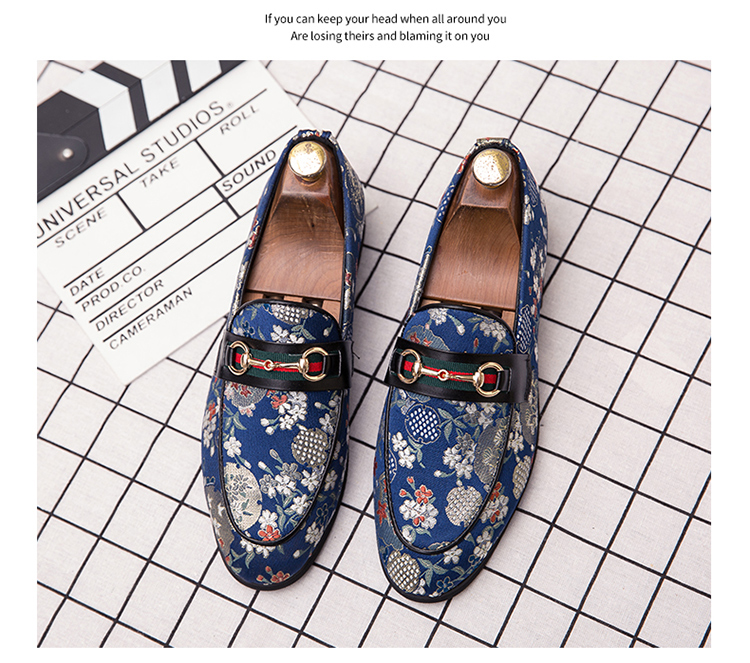2019 New Brand Formal Shoes Men Leather Shoes Flower Embroidery Slip On Lazy Driving Shoe Office Loafers Mens Canvas Shoes 8