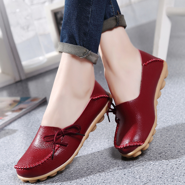 Hot Sale Women Flats Shoes Ladies Loafers Solid Soft Genuine Leather Moccasins Women's Casual Shoes Footwear Flats Shoes ST17