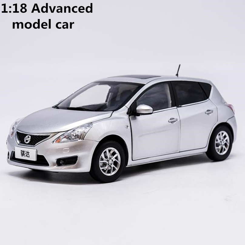 High simulation Nissan TIIDA car model 1:18 advanced alloy collection toy vehicle,diecast metal model,6 open doors,free shipping цены онлайн