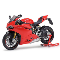 The assembly of motorcycle model 14129 1/12 Ducati 1199 Panigale S