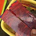 1pc EDC Colorato Sigaretta Elettronica Materiale In Resina FAI DA TE Fatti In Casa Manico del Coltello Resina A Nido D'ape Materiale di Patch Fionda Materiale