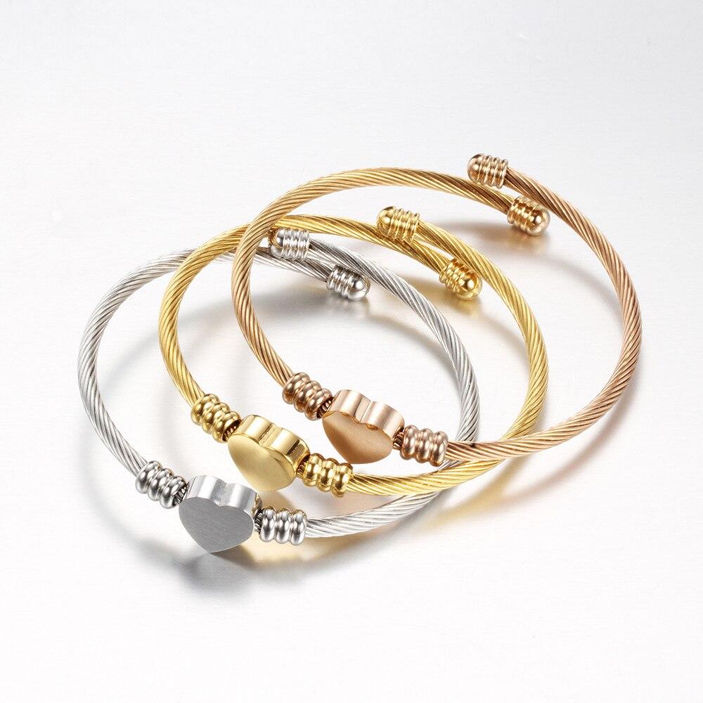 Tri-color fio de aço inoxidável trançado pulseira cabo fio titânio aço em forma de coração pulseira rosa ouro moda feminina pulseira